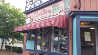 birmingham-apartments-charlies-cafe (1)
