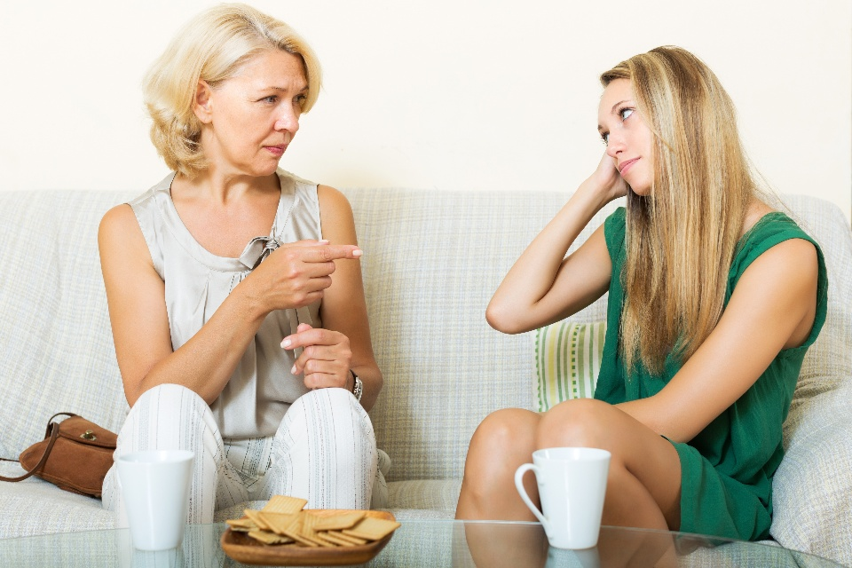 5 Things Your Mom Said the First Time She Saw Your Apartment