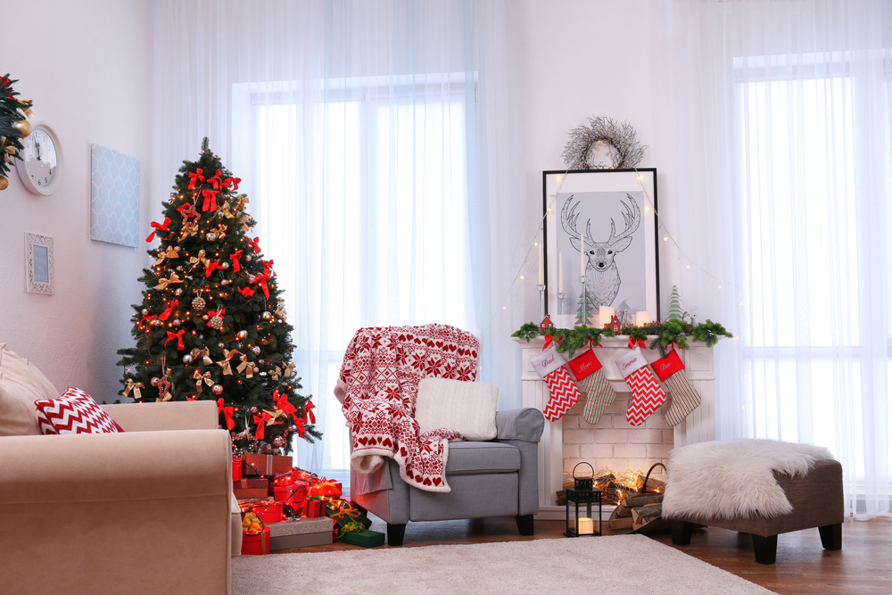 Holiday Apartment Decorating Ideas