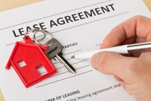 Lease agreement, key with house chain